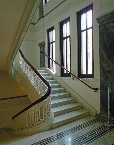 Stairwell Columbus Metropolitan Library